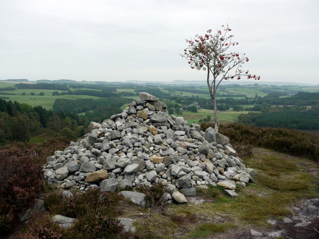 Cairn below the Drake Stone