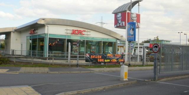 KFC, 28East Retail Park