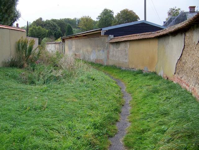 Footpath, Winterbourne Stoke