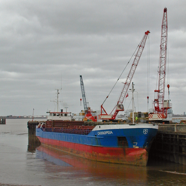 New Holland Dock