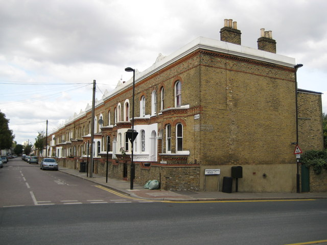 Herne Hill: Mayall Road, SE24