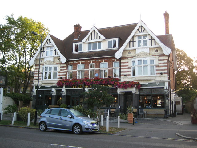 Dulwich: The Crown & Greyhound, Dulwich Village, SE21