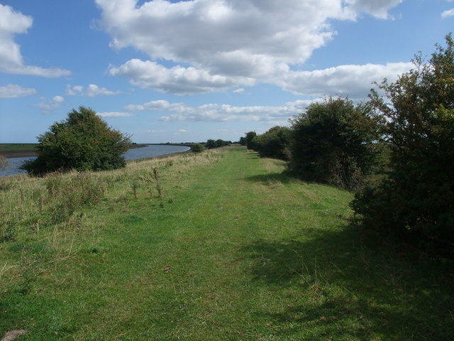 Footpath along The Haven