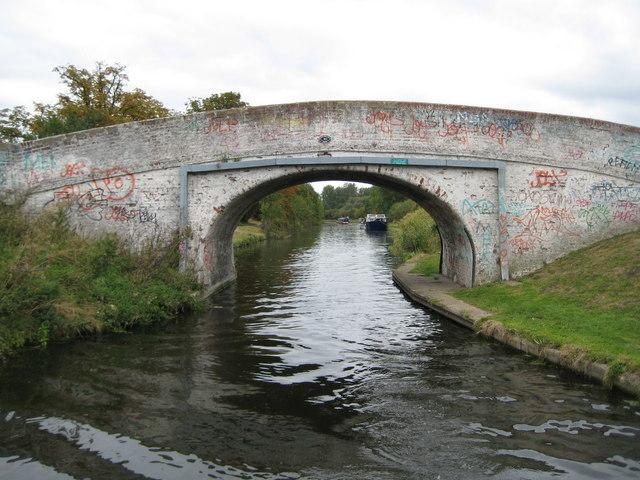 Grand Union Canal: Bridge Number 183