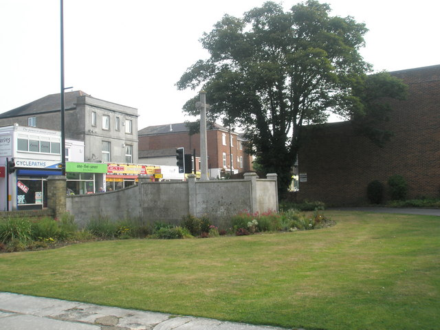 Rear of the war memorial as seen from Holy Trinity Churchyard