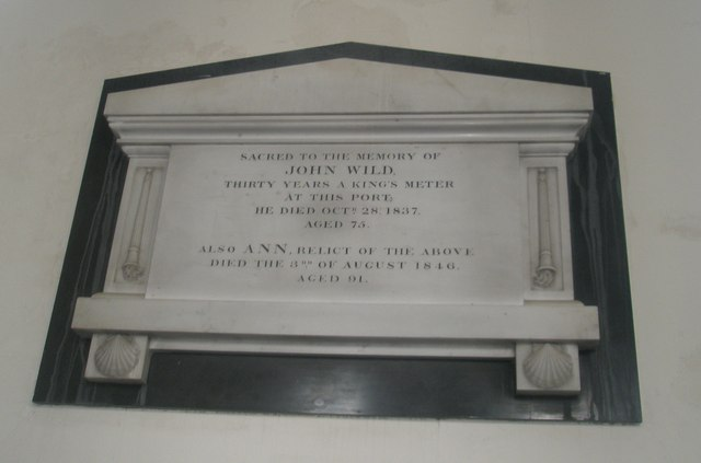 Memorials on the north wall at Holy Trinity, Fareham (1)