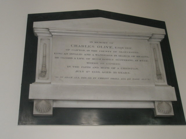 Memorials on the north wall at Holy Trinity, Fareham (4)
