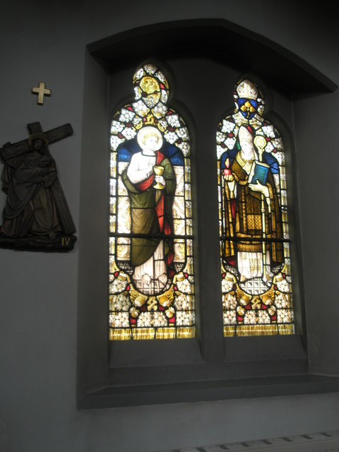 Stained glass window on the north wall at Sacred Heart RC Church, Fareham (2)