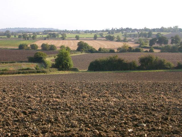 Farmland south of Draycote Water