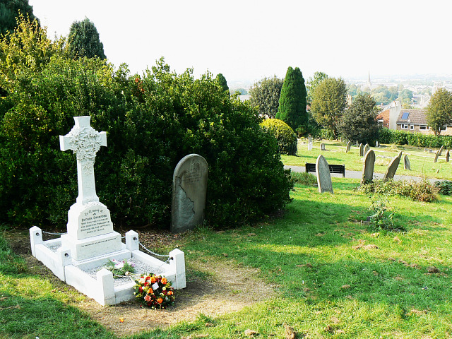 Radnor Street cemetery, Swindon