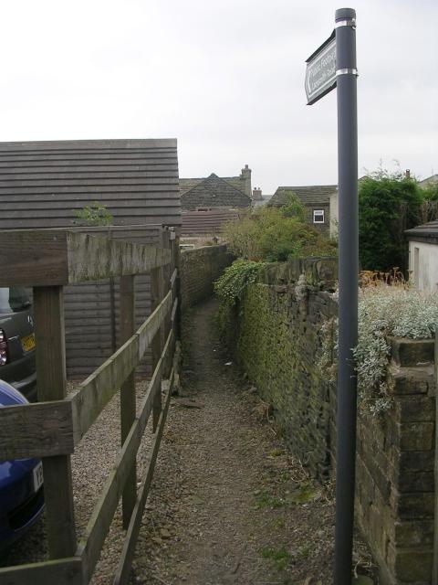 Footpath - Moor Close Lane
