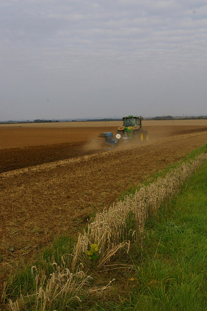 Autumn Cultivating on the Wolds