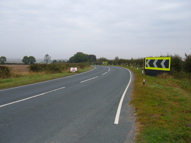 B1248 towards Bainton