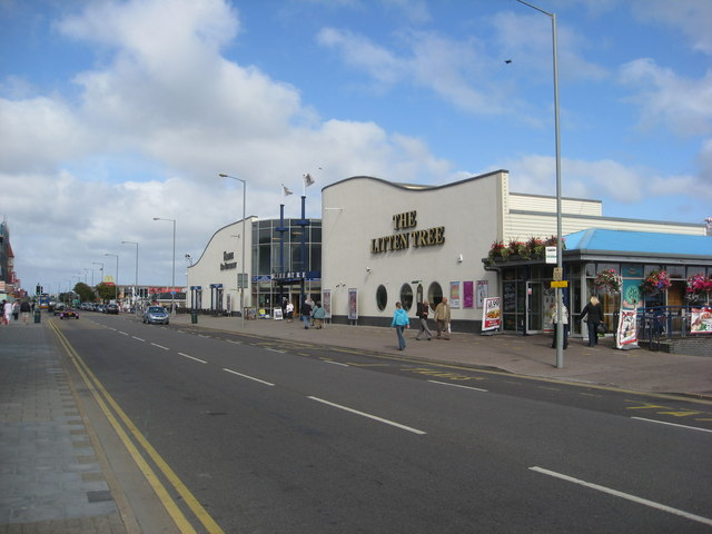 Skegness - Grand Parade (Embassy Theatre)