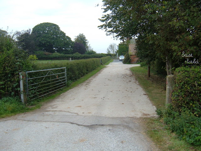 Track to  East Field  Farm