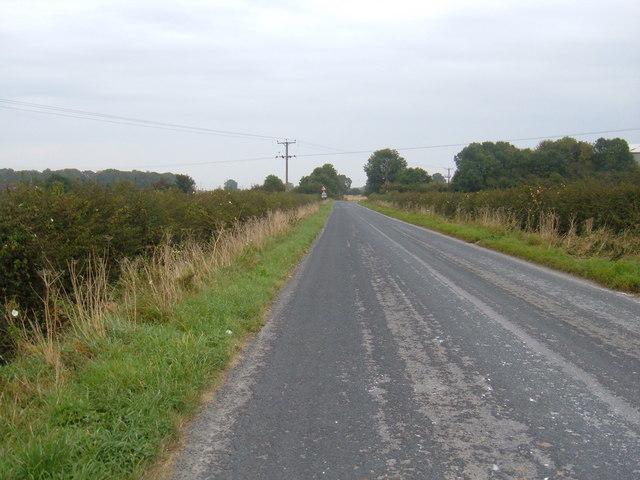 Minor Road Towards Kilnwick