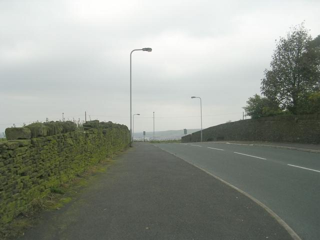 Cross Lane - viewed from Mill Close Lane