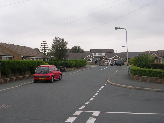 Moor Close Parade - viewed from Moor Close Road
