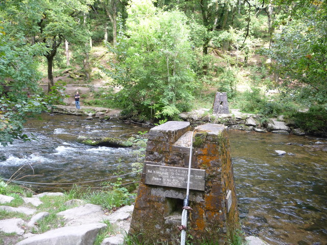 Exmoor : The River Barle & Tree Catcher