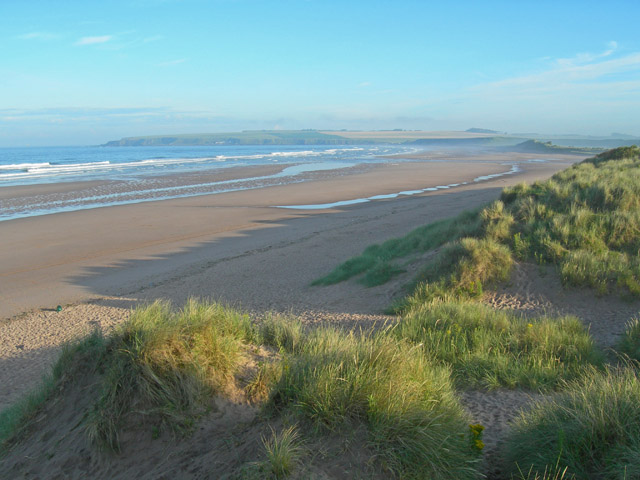 Embryo dunes and intertidal sands along Lunan Bay