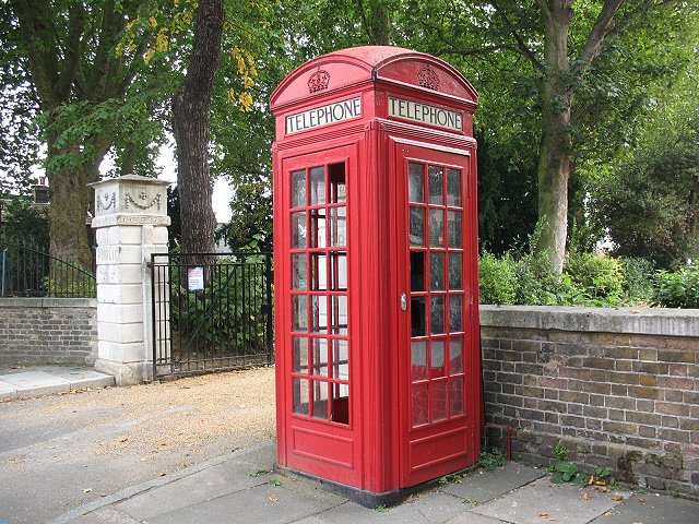 Telephone kiosk, Old Road