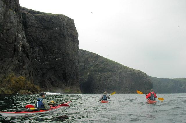 Kayaking around Mingulay