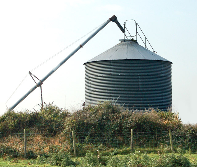 Silo at Pastures Farm, Napton