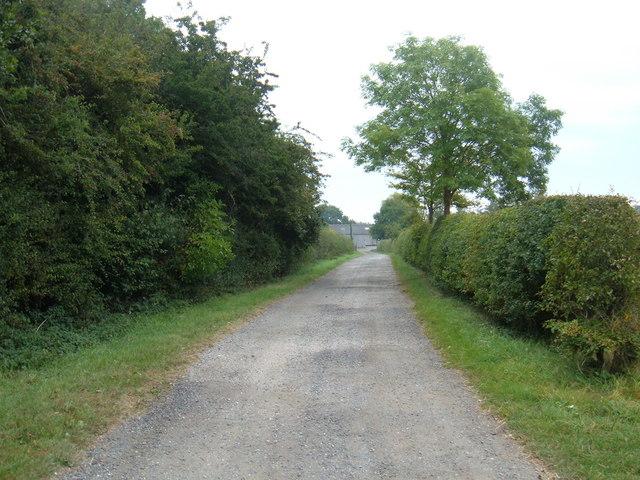 Track to  Kilnwick New  Farm