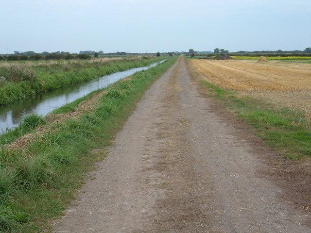 Bridleway beside Beverley and Barmston Drain