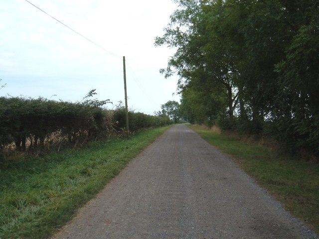 Track to  Arram Grange