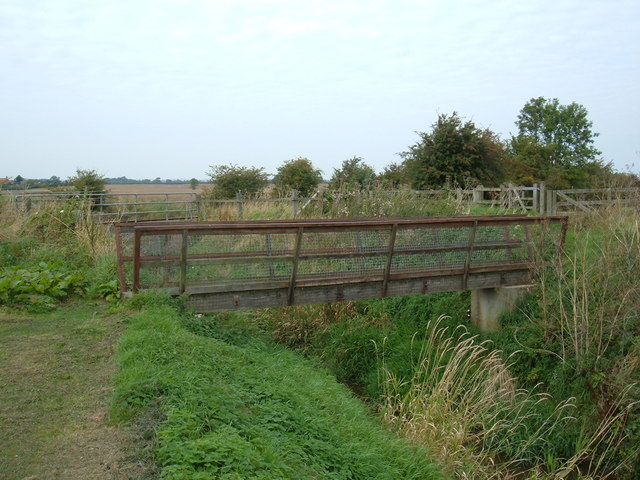 Footbridge over Catchwater Drain (The Minster Way)