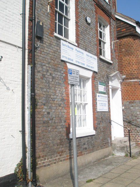 Sports Clinic in The Square at Wickham
