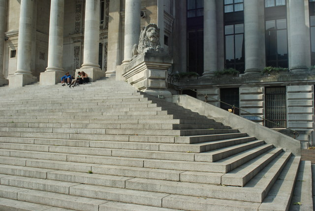 Portsmouth Guildhall Steps