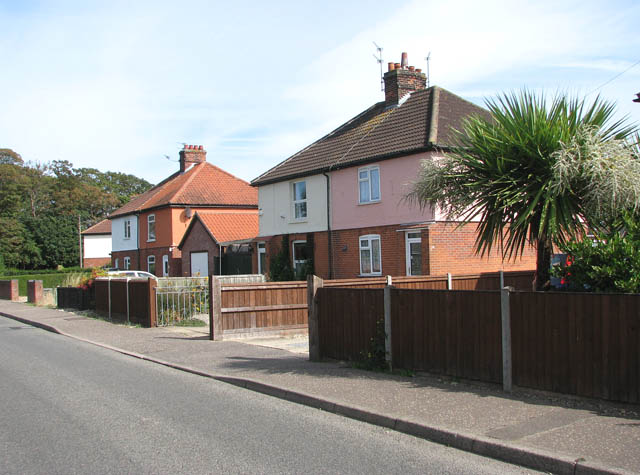 Cottages in Station Road