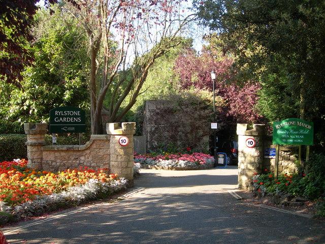 Rylstone Gardens Shanklin