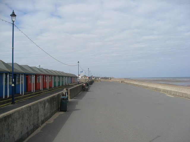 Sutton on Sea - Sea Defence Wall and Chalets