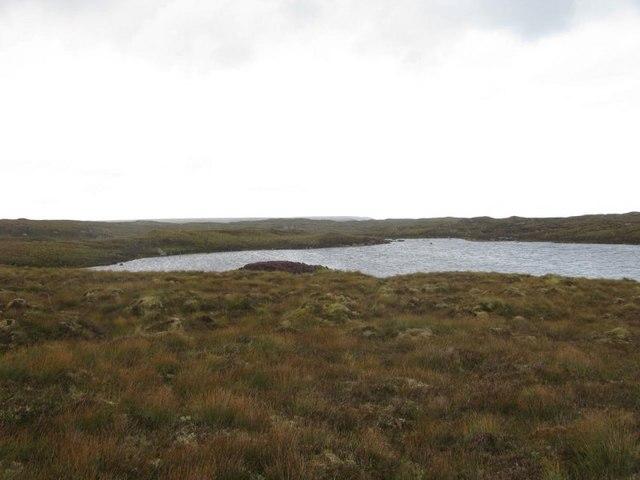 Loch Lingabhat Beag