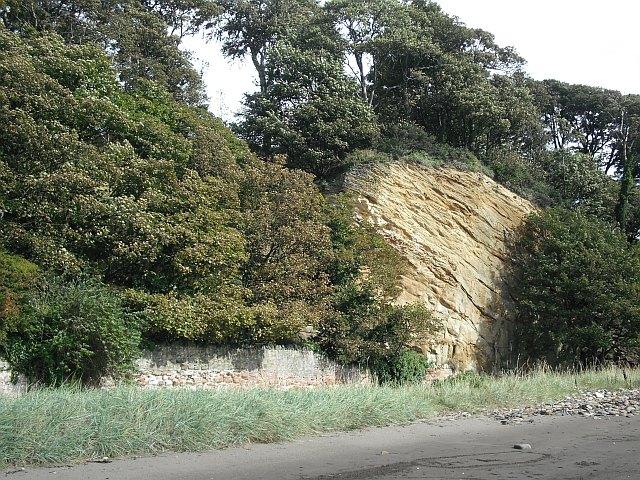 Sandstone crag, Ravenscraig