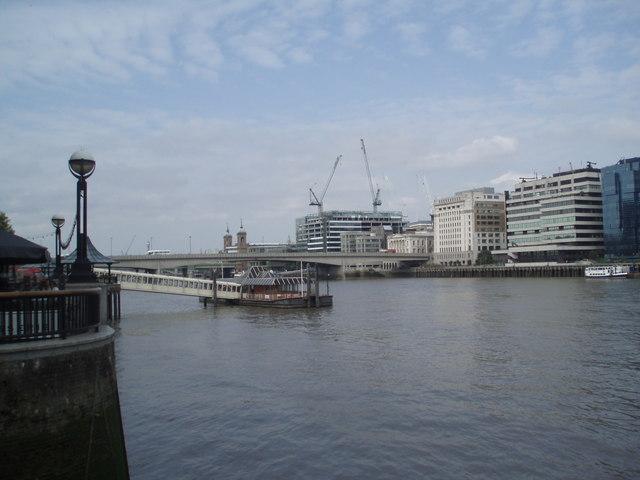 London Bridge City Pier