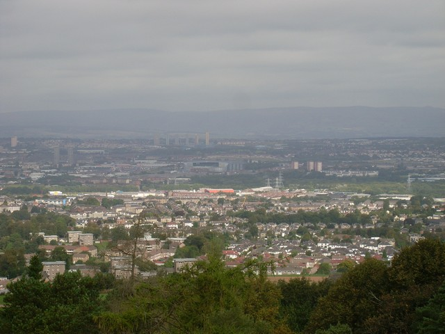View north across Glasgow from the Cathkin Braes