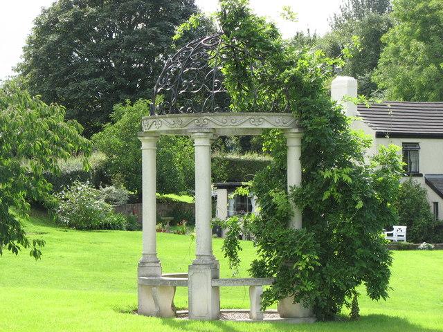 Hawthorn Cottage Garden Folly