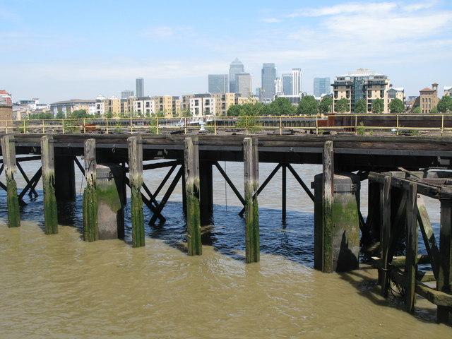 Landing stage, Greenwich Reach (4)