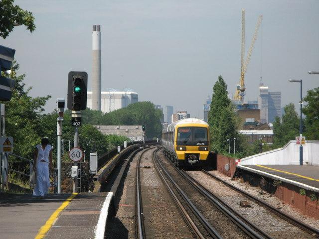 Tracks west of Deptford station