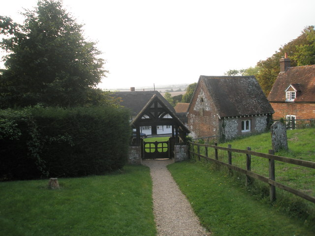 Looking towards the lych gate at St Michael, Chalton