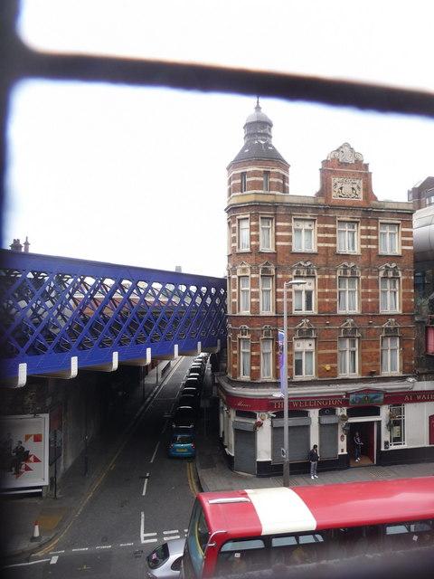 London: the Wellington, Waterloo Road