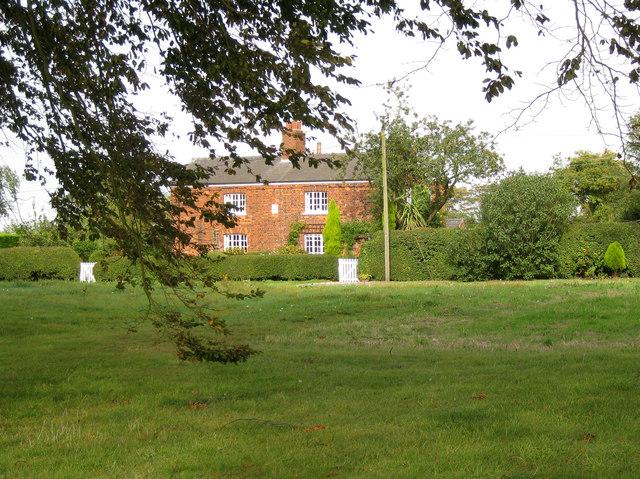 Farm cottages, Binbrook Top
