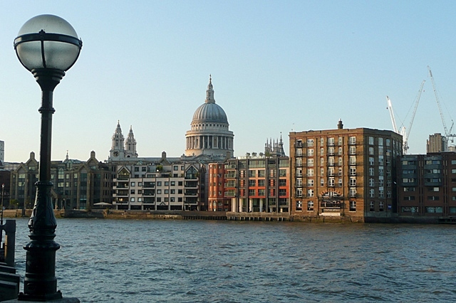 Across the Thames to St. Paul's cathedral