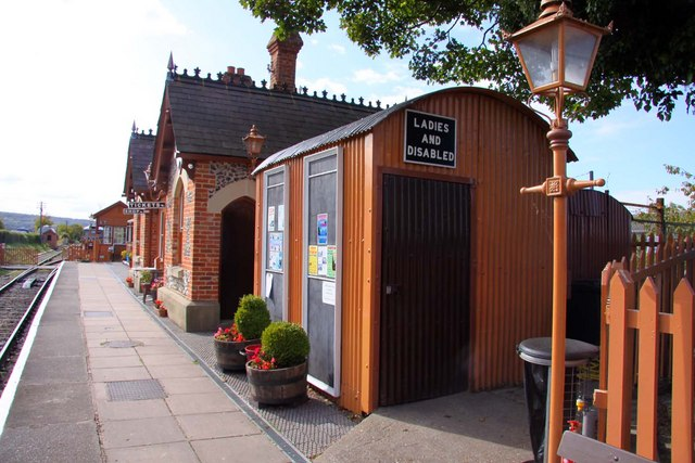 Toilets on Chinnor Station
