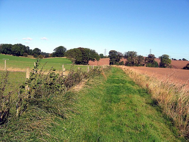Track alongside Red Barns Farm