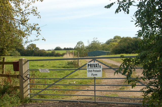 Entrance from unclassified road to Old Potash Farm